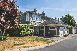 "Main Photo: 28 8428 VENTURE Way in Surrey: Fleetwood Tynehead Townhouse for sale in ""SUMMERWOOD"" : MLS(r) # R2189917"