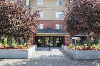 Main Photo:  in Edmonton: Zone 41 Condo for sale : MLS® # E4078164