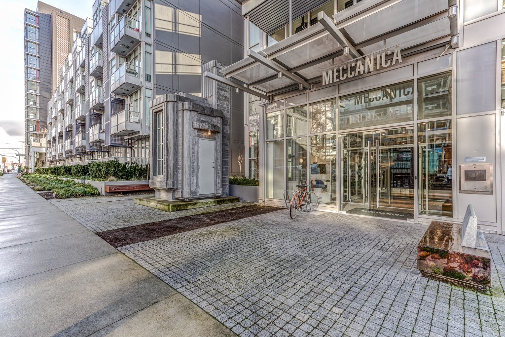 "Photo 22: Photos: 806 108 E 1ST Avenue in Vancouver: Mount Pleasant VE Condo for sale in ""Meccanica"" (Vancouver East)  : MLS® # R2199007"