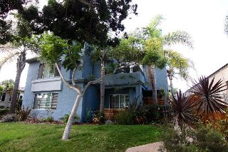 Main Photo: PACIFIC BEACH Condo for sale : 2 bedrooms : 1262 Felspar St in San Diego