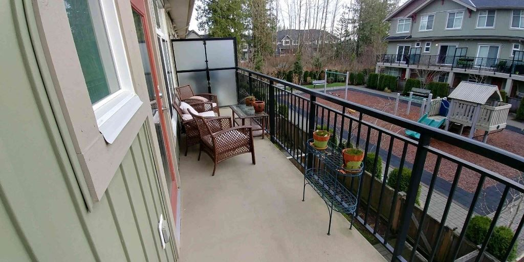 "Photo 2: Photos: 29 20967 76 Avenue in Langley: Willoughby Heights Townhouse for sale in ""Nature's Walk"" : MLS® # R2228447"
