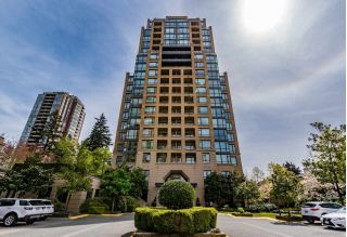 "Main Photo: 305 7388 SANDBORNE Avenue in Burnaby: South Slope Condo for sale in ""MAYFAIR PLACE"" (Burnaby South)  : MLS®# R2261624"