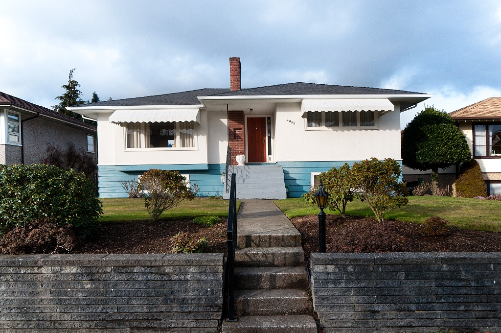 Main Photo: 4035 W 28TH Avenue in Vancouver: Dunbar House for sale (Vancouver West)  : MLS(r) # V869100