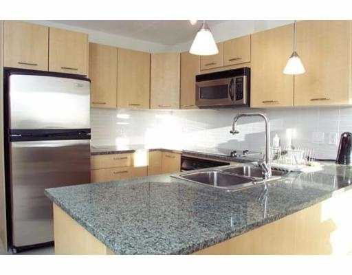 "Main Photo: 2807 1199 SEYMOUR ST in Vancouver: Downtown VW Condo for sale in ""BRAVA"" (Vancouver West)  : MLS® # V573255"