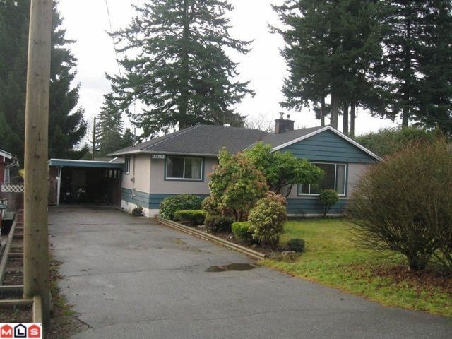 "Main Photo: 33752 ROCKLAND Avenue in Abbotsford: Central Abbotsford House for sale in ""CENTRAL ABBOTSFORD"" : MLS® # F1200665"