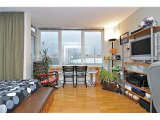 "Main Photo: 2506 939 EXPO Boulevard in Vancouver: Yaletown Condo for sale in ""MAX TWO"" (Vancouver West)  : MLS(r) # V927972"