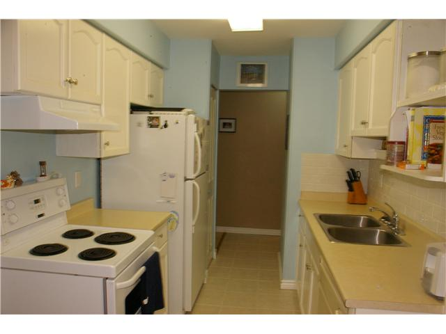 "Photo 4: # 306 110 7 ST in New Westminster: Uptown NW Condo for sale in ""VILLA MONTEREY"" : MLS® # V929454"