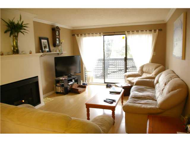 "Photo 2: # 306 110 7 ST in New Westminster: Uptown NW Condo for sale in ""VILLA MONTEREY"" : MLS® # V929454"