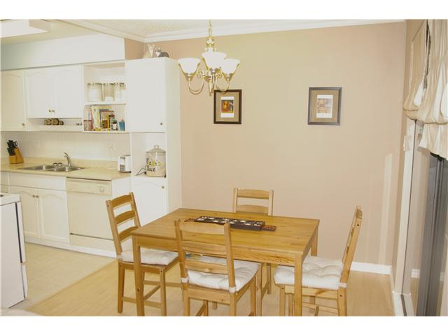"Photo 3: # 306 110 7 ST in New Westminster: Uptown NW Condo for sale in ""VILLA MONTEREY"" : MLS® # V929454"