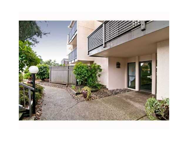 "Main Photo: # 306 110 7 ST in New Westminster: Uptown NW Condo for sale in ""VILLA MONTEREY"" : MLS® # V929454"