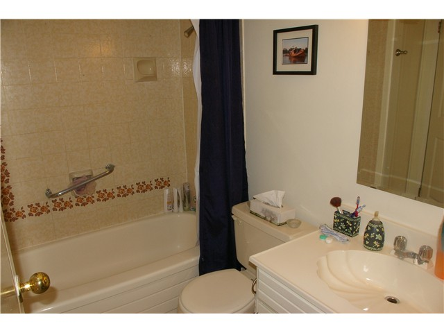 "Photo 6: # 306 110 7 ST in New Westminster: Uptown NW Condo for sale in ""VILLA MONTEREY"" : MLS® # V929454"