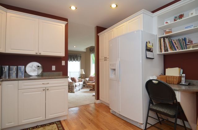 Photo 10: Photos: 3555 HIDDEN OAKS CRESCENT in COBBLE HILL: House for sale : MLS® # 362137