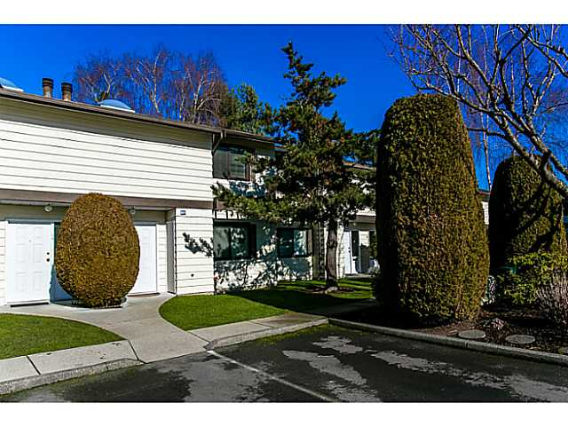 "Photo 14: 47 4800 TRIMARAN Drive in Richmond: Steveston South Townhouse for sale in ""BIRCHWOOD ESTATES"" : MLS(r) # V1047659"