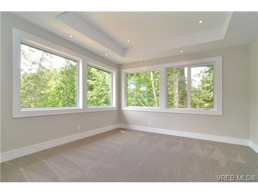 Photo 13: 111 Parsons Road in VICTORIA: VR Six Mile Single Family Detached for sale (View Royal)  : MLS® # 343219