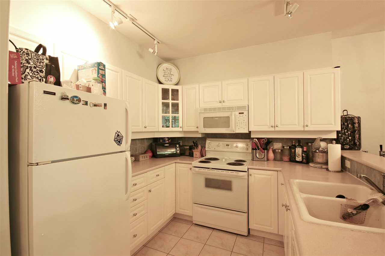 "Photo 7: 409 2755 MAPLE Street in Vancouver: Kitsilano Condo for sale in ""DAVENPORT LANE"" (Vancouver West)  : MLS® # R2069403"