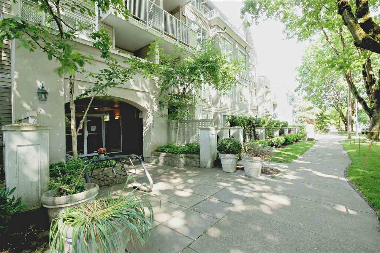 "Photo 17: 409 2755 MAPLE Street in Vancouver: Kitsilano Condo for sale in ""DAVENPORT LANE"" (Vancouver West)  : MLS® # R2069403"
