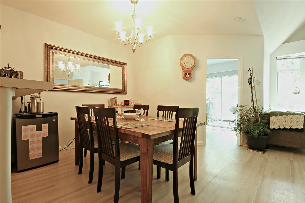 "Photo 4: 409 2755 MAPLE Street in Vancouver: Kitsilano Condo for sale in ""DAVENPORT LANE"" (Vancouver West)  : MLS® # R2069403"