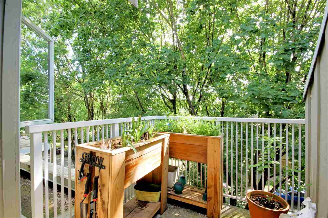 "Photo 13: 409 2755 MAPLE Street in Vancouver: Kitsilano Condo for sale in ""DAVENPORT LANE"" (Vancouver West)  : MLS® # R2069403"