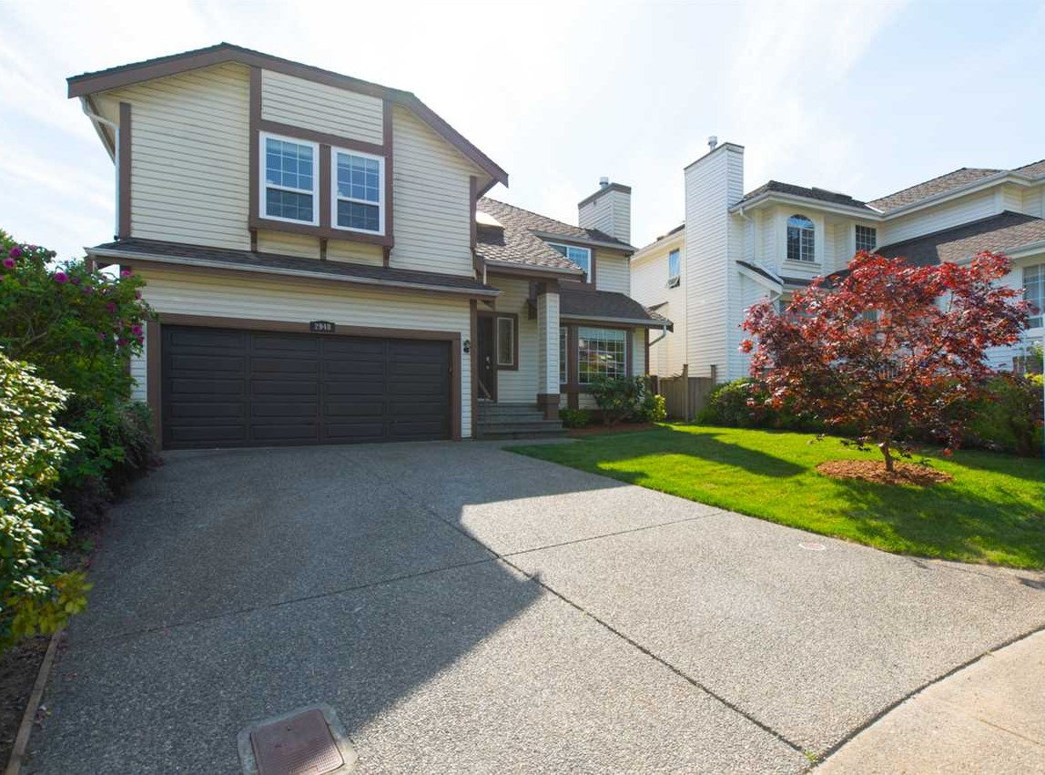 "Main Photo: 2948 MEADOWVISTA Place in Coquitlam: Westwood Plateau House for sale in ""WESTWOOD PLATEAU"" : MLS®# R2070043"