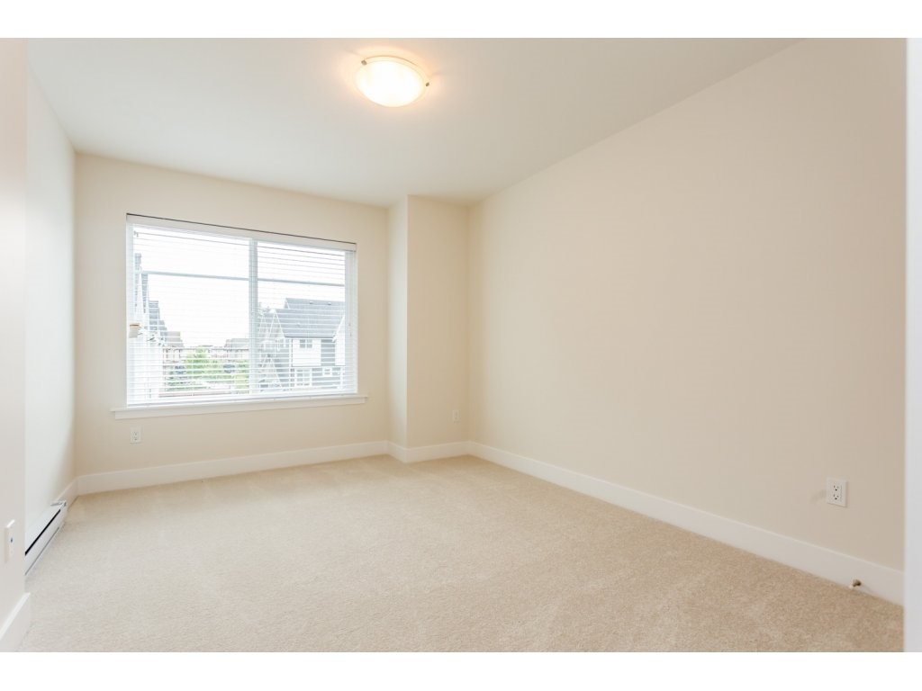 "Photo 15: 17 7374 194A Street in Surrey: Clayton Townhouse for sale in ""ASHER"" (Cloverdale)  : MLS® # R2077680"