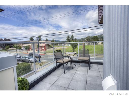Photo 8: 114 2737 Jacklin Road in VICTORIA: La Langford Proper Townhouse for sale (Langford)  : MLS® # 370985