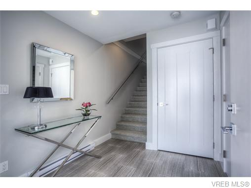 Photo 15: 114 2737 Jacklin Road in VICTORIA: La Langford Proper Townhouse for sale (Langford)  : MLS® # 370985