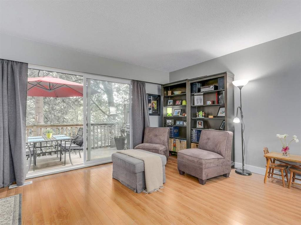 "Photo 8: 1286 PREMIER Street in North Vancouver: Lynnmour Townhouse for sale in ""Lynmour West"" : MLS® # R2135299"