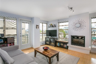 "Main Photo: 606 2137 W 10TH Avenue in Vancouver: Kitsilano Condo for sale in """"I"""" (Vancouver West)  : MLS(r) # R2159402"