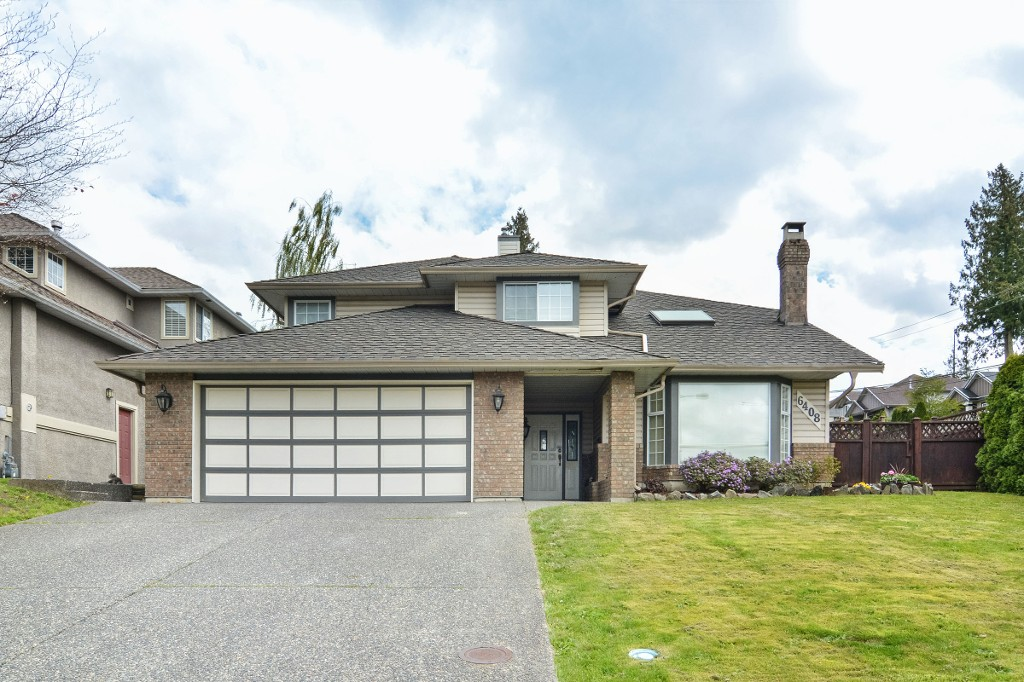 Main Photo: 6408 180TH Street in Surrey: Cloverdale BC House for sale (Cloverdale)  : MLS®# R2159473