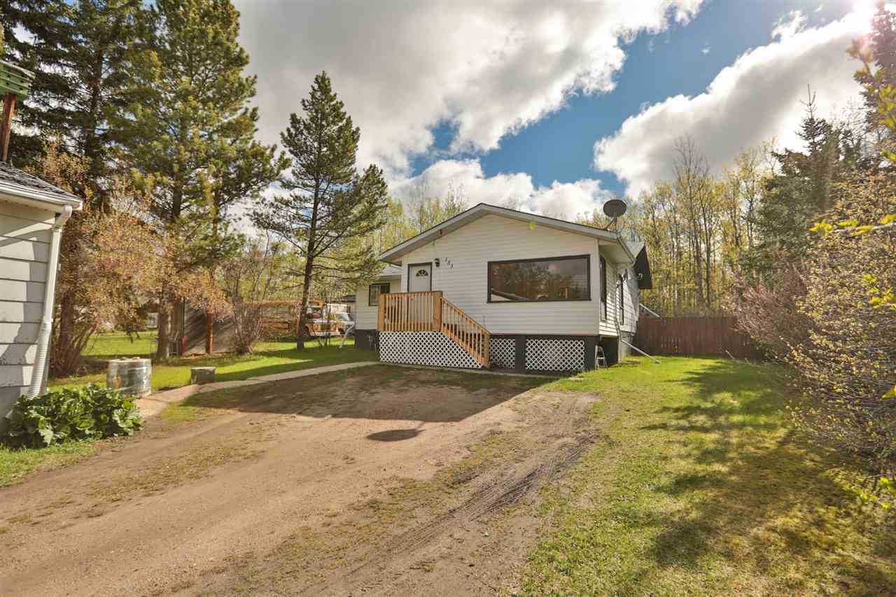 Main Photo: 153 52343 R 211 Road: Rural Strathcona County House for sale : MLS(r) # E4065062