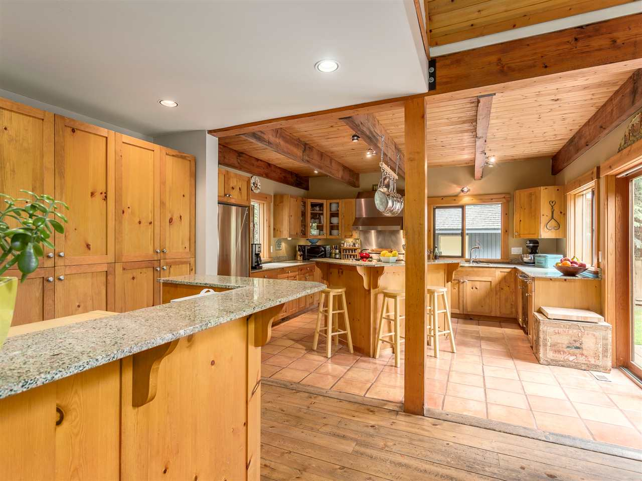 Photo 5: 2601 THE Boulevard in Squamish: Garibaldi Highlands House for sale : MLS® # R2176534
