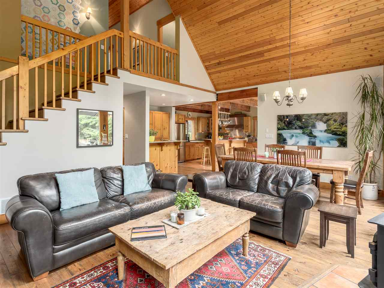 Photo 3: 2601 THE Boulevard in Squamish: Garibaldi Highlands House for sale : MLS® # R2176534