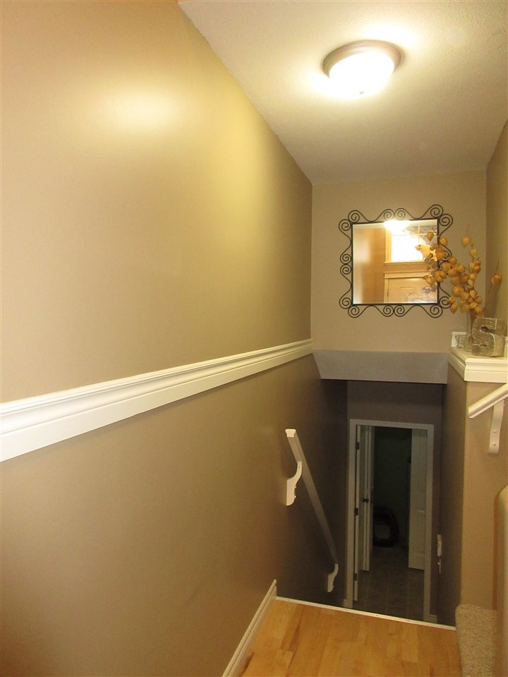 "Photo 13: 63 5965 JINKERSON Road in Sardis: Promontory Townhouse for sale in ""Eagle View Ridge"" : MLS® # R2185226"