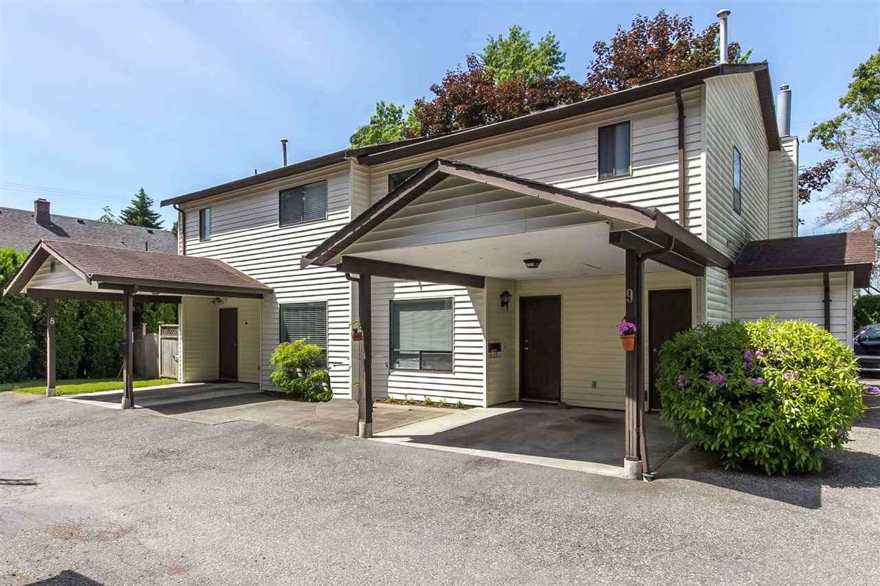 "Main Photo: 9 4840 207 Street in Langley: Langley City Townhouse for sale in ""CEDARBROK COURT"" : MLS® # R2186385"