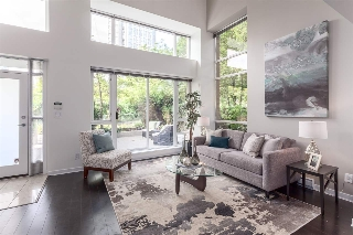 "Main Photo: 979 EXPO Boulevard in Vancouver: Yaletown Townhouse for sale in ""The Max 2"" (Vancouver West)  : MLS(r) # R2191368"