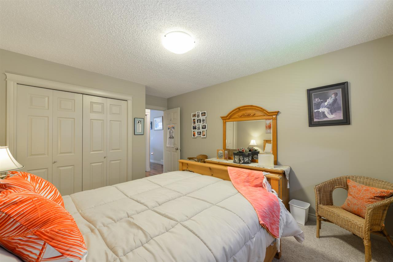 Photo 15: 25 WILLOW WOOD Court: Stony Plain House Half Duplex for sale : MLS® # E4077233