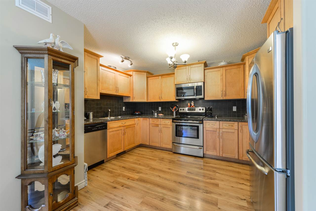 Photo 9: 25 WILLOW WOOD Court: Stony Plain House Half Duplex for sale : MLS® # E4077233