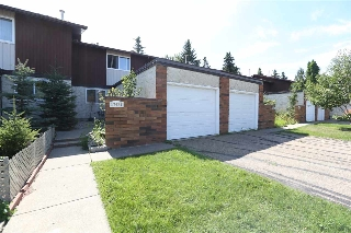 Main Photo:  in Edmonton: Zone 20 Townhouse for sale : MLS® # E4078076