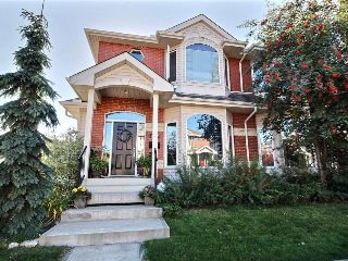 Main Photo: 9107 100B Avenue in Edmonton: Zone 13 House Half Duplex for sale : MLS® # E4084674