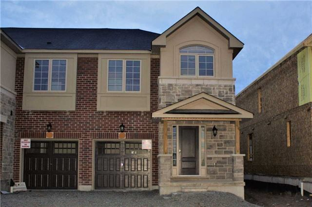 Main Photo: 13 Heaven Crescent in Milton: Ford House (2-Storey) for lease : MLS® # W3953475