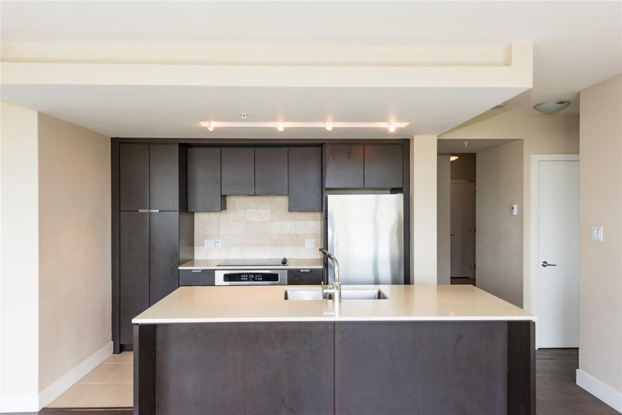 Photo 5: Photos: 306 158 W 13TH Street in North Vancouver: Central Lonsdale Condo for sale : MLS® # R2222274