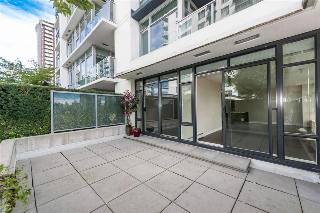 Photo 14: Photos: 306 158 W 13TH Street in North Vancouver: Central Lonsdale Condo for sale : MLS® # R2222274