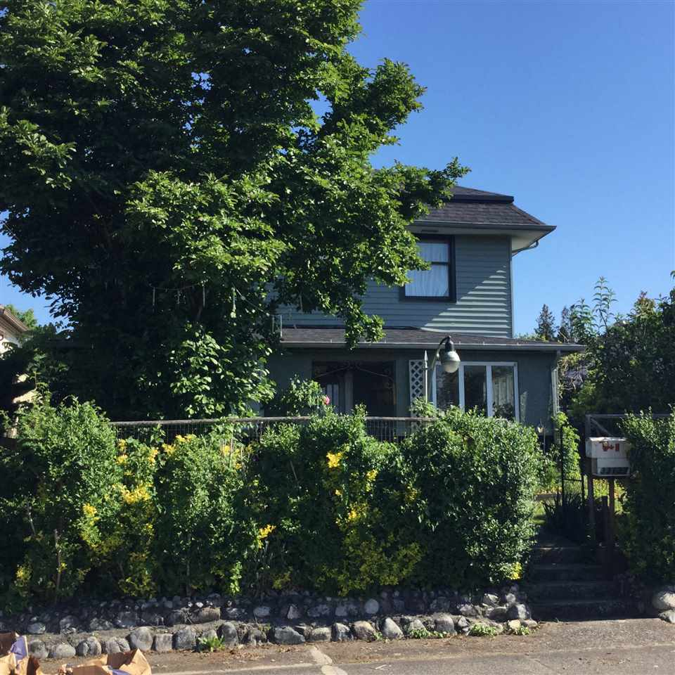 Main Photo: 33137 5TH AVENUE in Mission: Mission BC House for sale : MLS®# R2172151