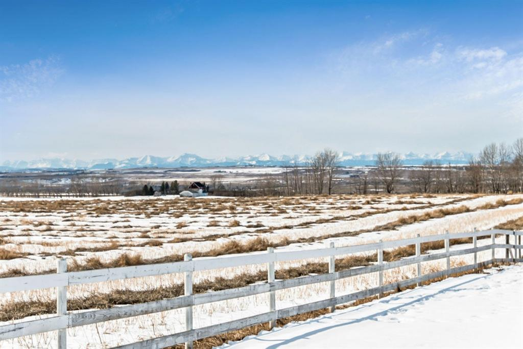FEATURED LISTING: 118019 380 Avenue East Rural Foothills County