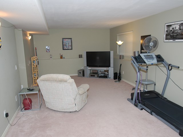 "Photo 9: 8 11495 COTTONWOOD Drive in Maple Ridge: Cottonwood MR House for sale in ""Eastbrook Green"" : MLS(r) # V880310"