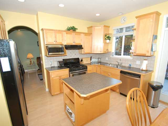 "Photo 3: 8 11495 COTTONWOOD Drive in Maple Ridge: Cottonwood MR House for sale in ""Eastbrook Green"" : MLS(r) # V880310"