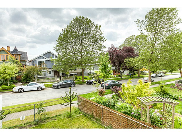 Photo 18: 3047 E 19TH Avenue in Vancouver: Renfrew Heights House for sale (Vancouver East)  : MLS® # V1064938