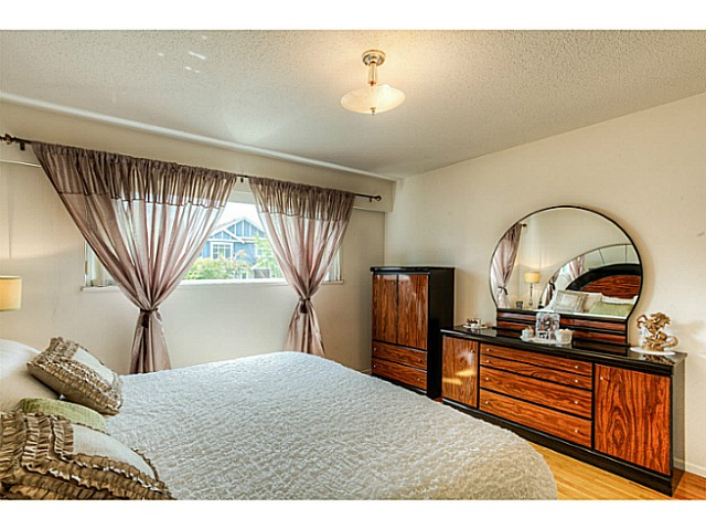 Photo 15: 3047 E 19TH Avenue in Vancouver: Renfrew Heights House for sale (Vancouver East)  : MLS® # V1064938