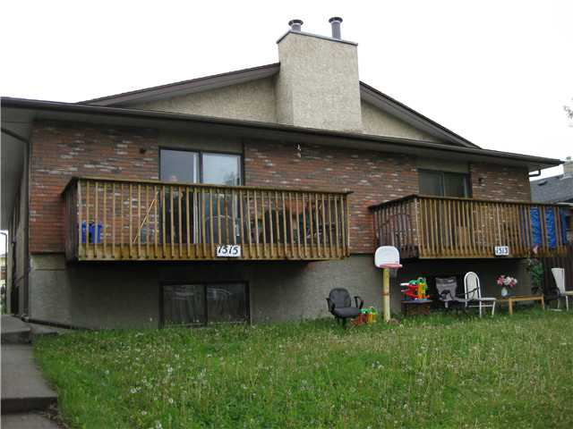 Main Photo: A B 1515 36 Street SE in CALGARY: Radisson Heights Duplex Side By Side for sale (Calgary)  : MLS® # C3620691