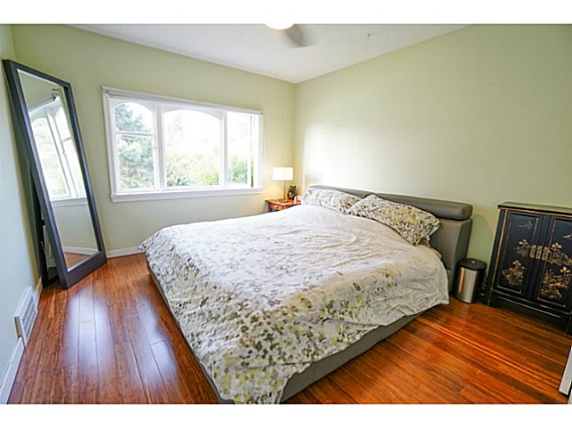 Photo 6: 4810 ALBERT Street in Burnaby: Capitol Hill BN House for sale (Burnaby North)  : MLS® # V1117852